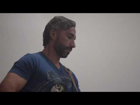 """Adrián  Moreno  """"Un Vacío Al Corazón"""""""
