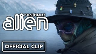 Syfy's Resident Alien - Official First 7 Minutes Clip | NYCC 2020