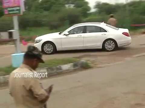Telangana CM KCR New Benz Car || KCR Convey in Nizamabad Tour