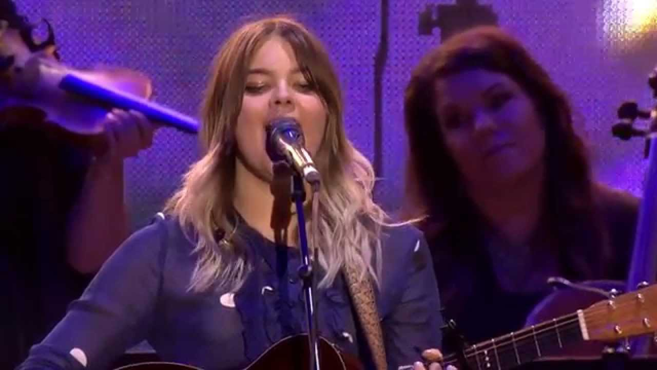 first-aid-kit-emmylou-live-at-way-out-west-2015-first-aid-kit