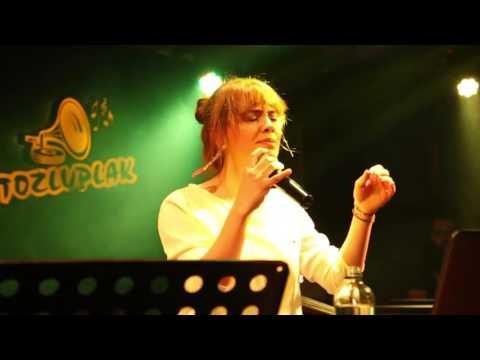 Yağmur Ercan - Sana Kalbim Geçti (Tozlu Plak Performance Hall )