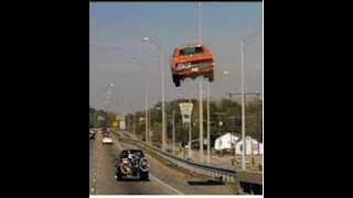 DUKES OF HAZZARD: GENERAL LEE FREEWAY JUMP CAR!!!!!