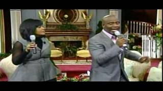 "BeBe and CeCe Winans---""Close To You""---(LIVE ) from Atlanta Pt. 1"