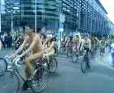 World naked bike ride brighton 2008 part 1