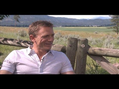 COWBOYS & ALIENS Interviews with Daniel Craig, Harrison Ford, Olivia Wilde and Jon Favreau