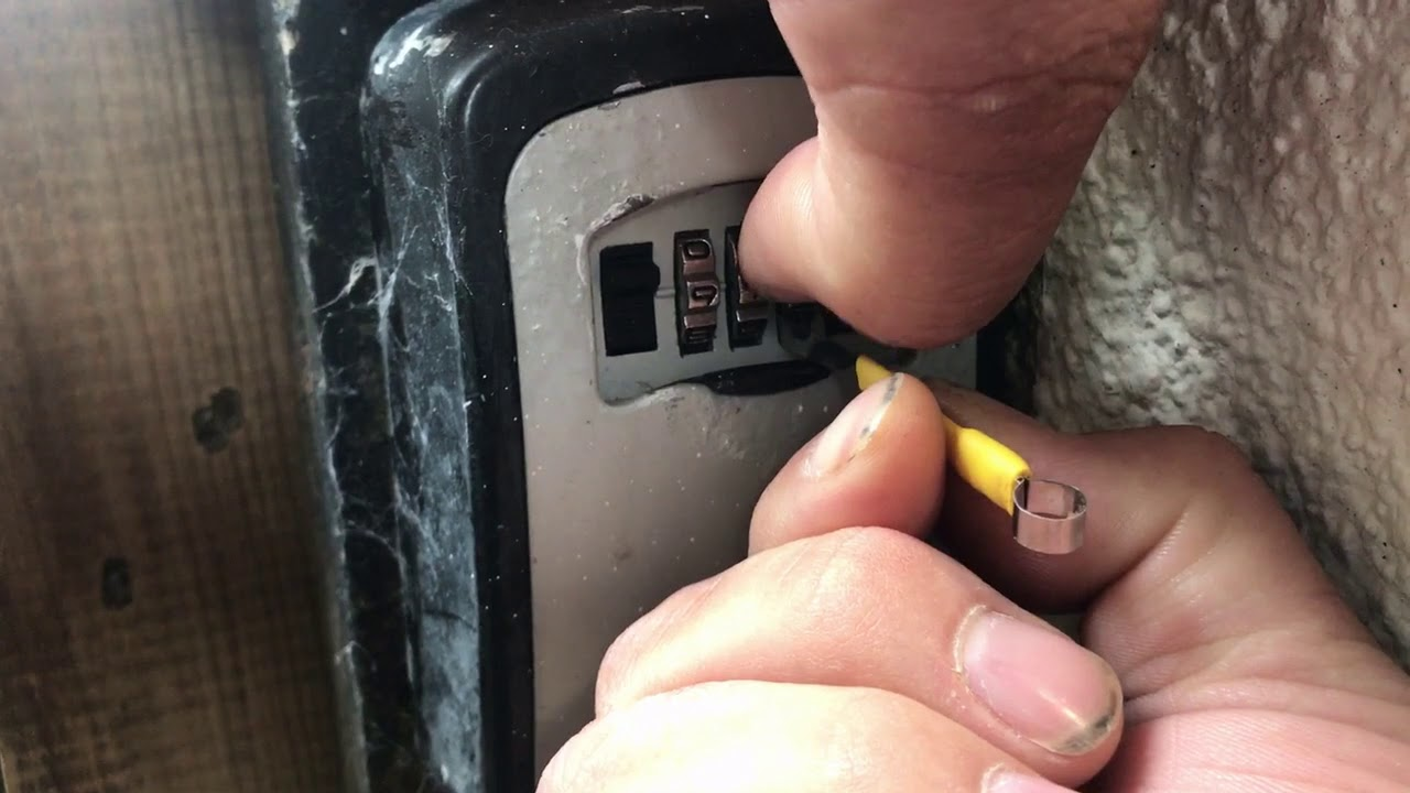 Combination lock key safe decoding tool. Lock picking