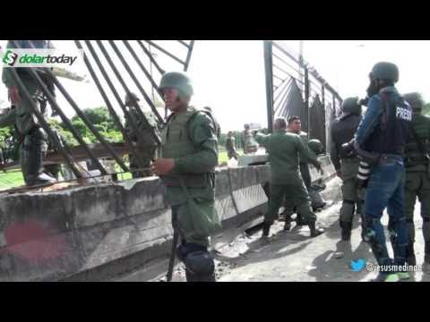 """¡Llorones! Ejército y GNB le piden a nuestro reportero que grabe lo que """"les hicieron"""""""
