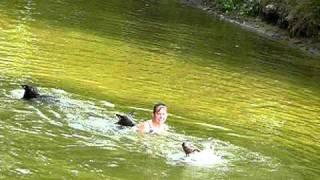 Голая купается пруду пруду видео, порно фото переодеваний на пляже
