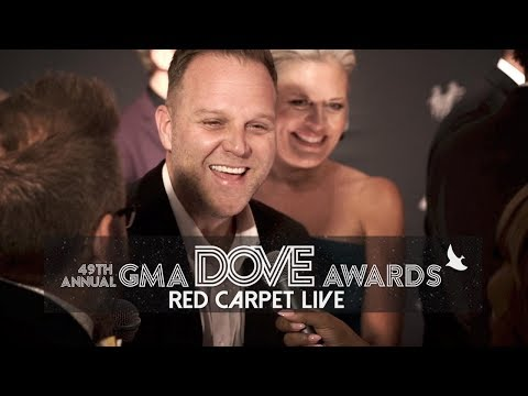 Highlights from the 2018 Dove Awards Red Carpet