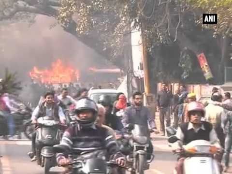 Lawyers protest turn violent in Lucknow