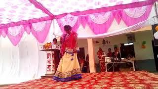 Gambar cover Leja Leja re song with dance by shivangi R.L CHILDREN SCHOOL