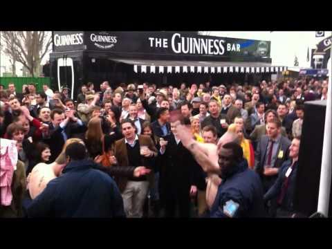IRISH PARTY BAND - Celtic Clan at Cheltenham 2012