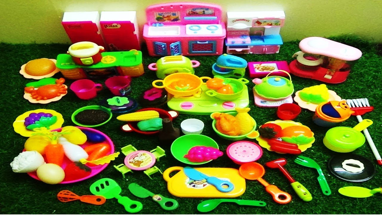 Toy Kitchen Play Set With Pretend Food And Kitchen Appliances Toys Fruit And Vegetables Pretend Play Youtube