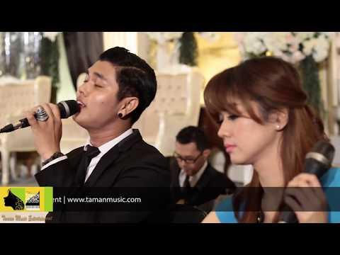 PAYUNG TEDUH - UNTUK PEREMPUAN YANG SEDANG DALAM PELUKAN (Cover) By Taman Music Entertainment