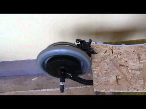 видео: Электросамокат самоделка, с мотор-колесом от велосипеда.