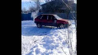 2109 по снегу на шыпах