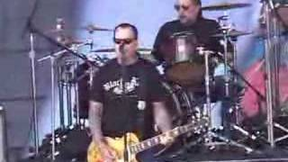 "Social Distortion ""Far Behind"" Soundcheck"