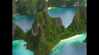ラジャアンパット空撮(1) Aerial View of Raja Ampat(1)