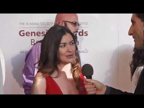 Leilani Munter (Vegan Nascar Driver) Interviewed at the 2013 Genesis Awards