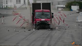 Crash test DAF LF vs. Mobile Blocker: IWA 14-1, N2A