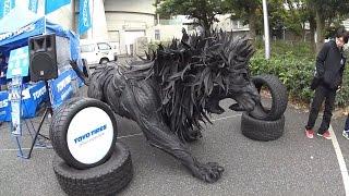 東洋タイヤでできたライオン像「THE LION」 東京オートサロン2017