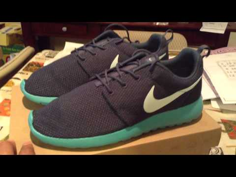nike-roshe-run-squadron-blue-shoe-look-and-review