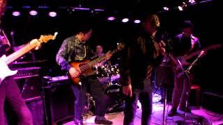 徳島を中心に活動しているブルースロックバンド。今回は崇拝するDerek &...