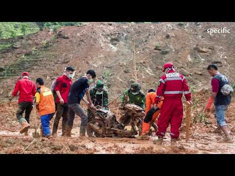Indonesia mine collapse: Dozens buried by landslide in Sulawesi  |  UK news today