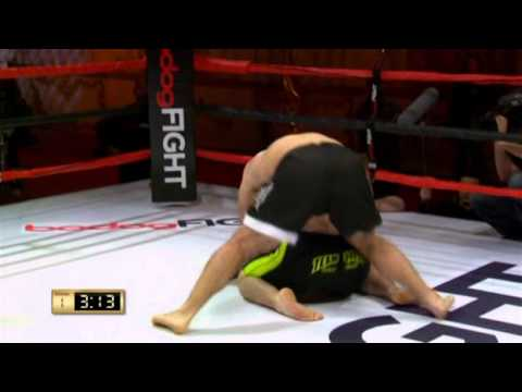 02.Dic.16.2006  Cain Velasquez vs. Jeremiah Constant Bodog Fight  St. Petersburg.avi