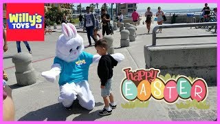 Easter Bunny and an Epic Confetti EGG FIGHT with Darth Vader Star Wars - LEARN COLORS - Willy