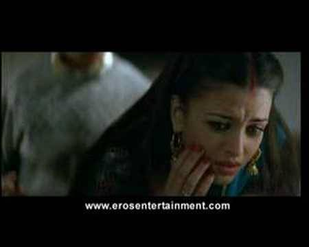 Aishwarya is slapped by husband | Provoked