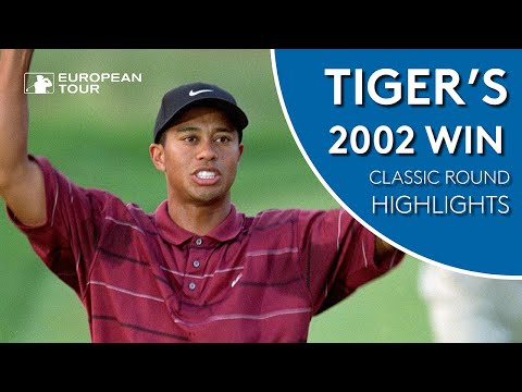 Tiger Woods shoots 66 to win 2002 WGC | Classic Round Highlights