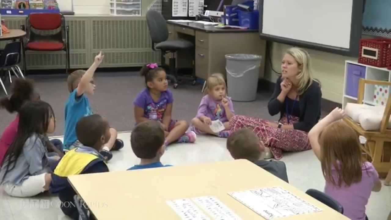 Elementary Classroom Playlist : New adams elementary teacher returns to her roots youtube