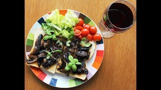 Garlic Mushrooms with balsamic vinegar  on toast. Cook with Franco.