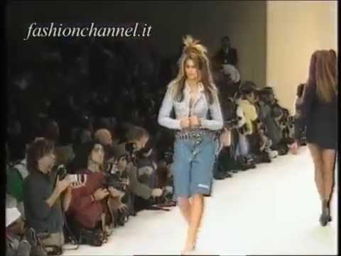 Cindy Crawford  catwalk