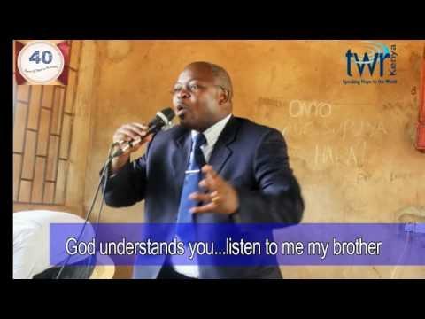 Neno Litaendelea - Mchungaji Munialo ahubiria wafungwa wa Manyani