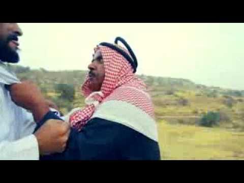 عيد يتضارب مع عمه مبارك مسلسل عيد وسعيد جزء من الحلقه 14 Youtube