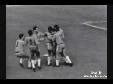 França 2x3 Brasil - 28/04/1963 -  Paris - 3 gols de Pelé