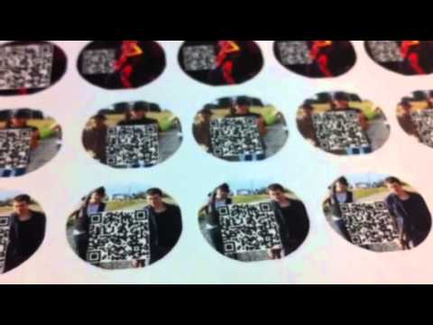 Homemade bottle cap advertising with QR tags