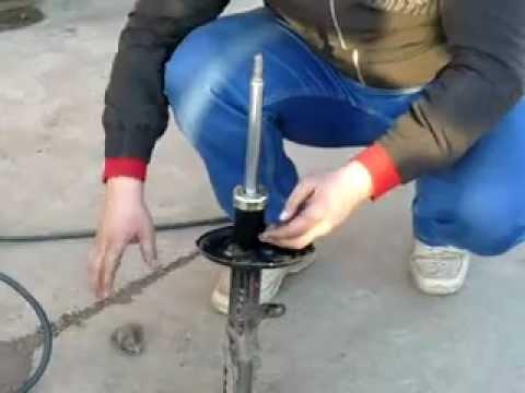 Зарядка стойки газом.flv