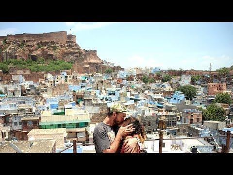 En India enfermo, Buscando la Foto de la Ciudad azul