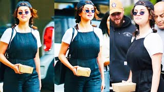 Selena Gomez was spotted grabbing lunch in Los Angels