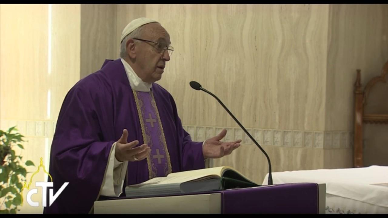 Papa Francesco nella prima omelia del 2016: