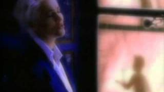 Roxette - Queen Of Rain [Official Music Video](Music video by Roxette performing Queen Of Rain. (P) 1992 The copyright in this audiovisual recording is owned by EMI Music Sweden AB., 2010-11-17T04:23:19.000Z)