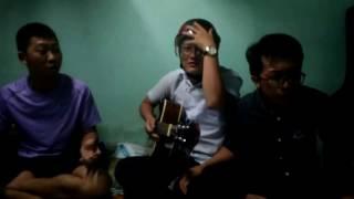 Một người đi _ guitar