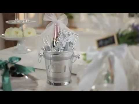 How To Create A Champagne Gift Basket For Unique Wedding