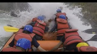 Viral Video UK: White water rafting rescue