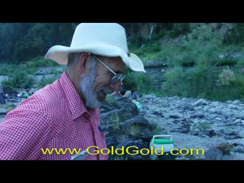 Group Gold Mining Projects 2017 - We could see the gold in Dr  Gold's pay dirt!