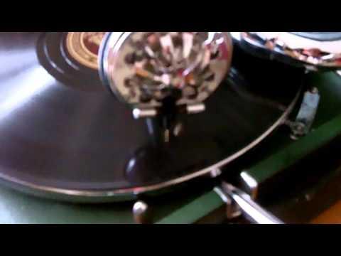 Inside Jack White's Third Man Records and Noveltiesde YouTube · Durée:  8 minutes 16 secondes · 185.000+ vues · Ajouté le 26.11.2013 · Ajouté par The Vinyl Factory
