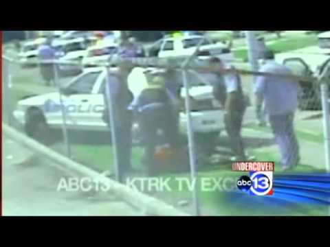 houston-cops-kick-15-yo-in-the-face,-police-beat-handcuffed-teen.-graphic-nc17
